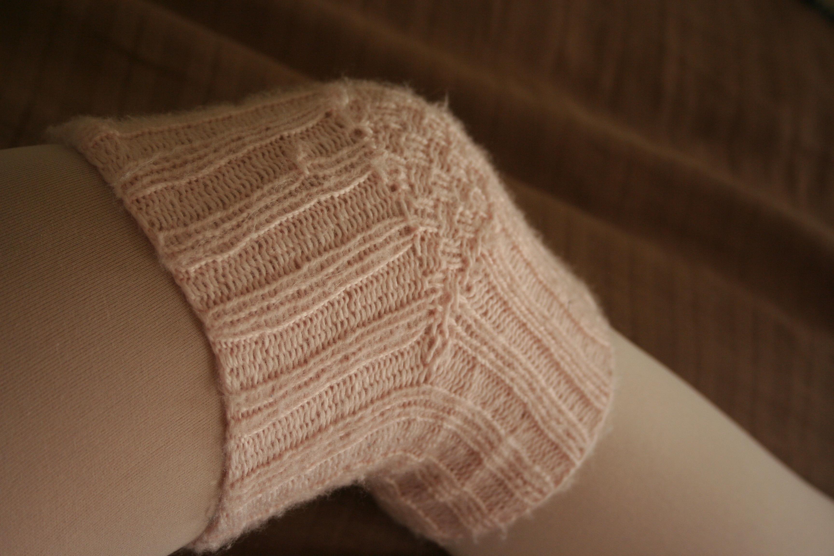 Knitting Pattern Leg Warmers Straight Needles : knit knee warmers Archives - Adult Ballerina Project